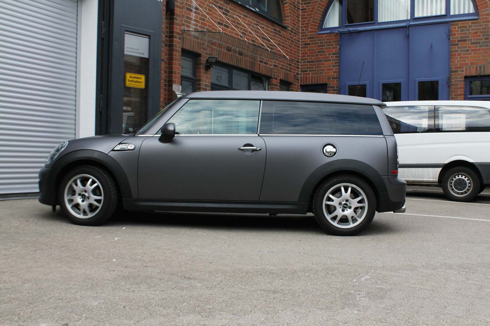 MINI_CLUBMAN_FOLIERUNG_ANTHRAZIT_MATT_METALLIC_13