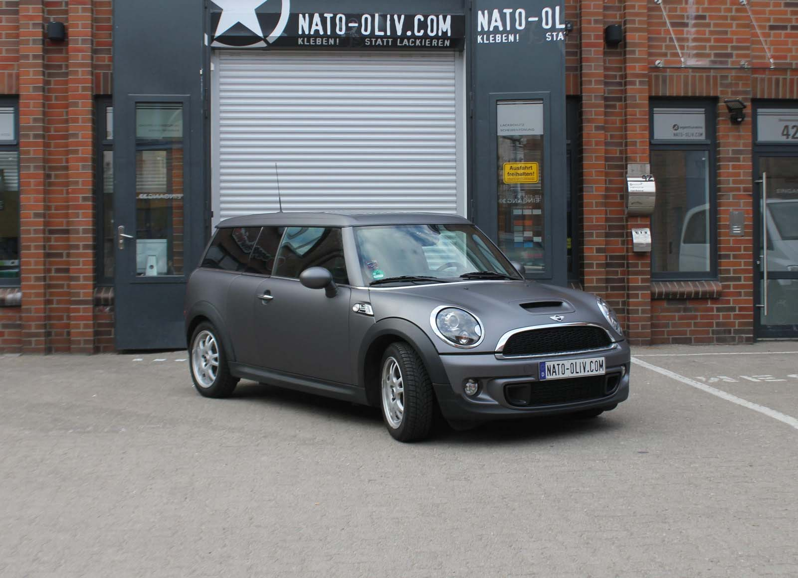 MINI_CLUBMAN_FOLIERUNG_ANTHRAZIT_MATT_METALLIC_15