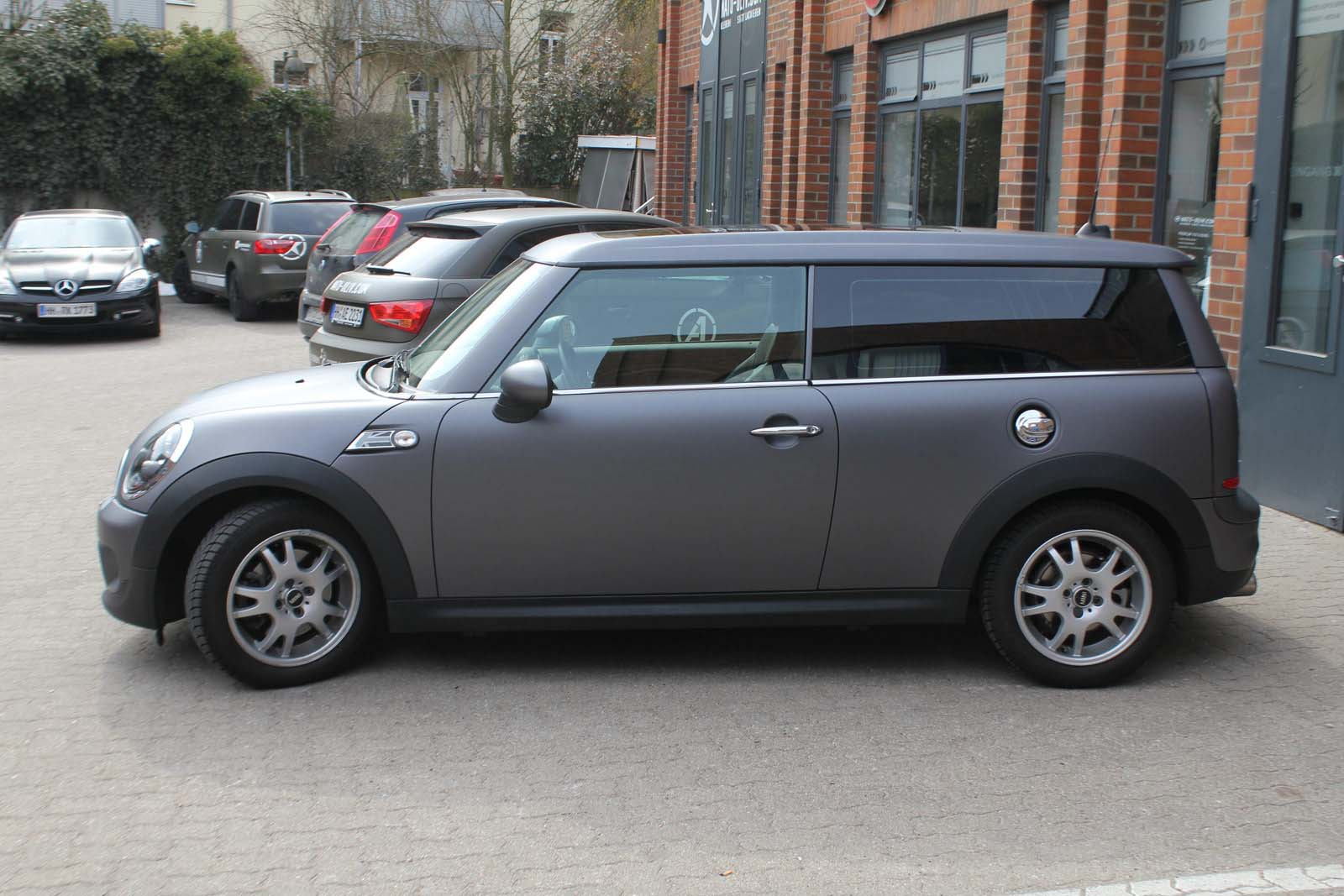 MINI_CLUBMAN_FOLIERUNG_ANTHRAZIT_MATT_METALLIC_19