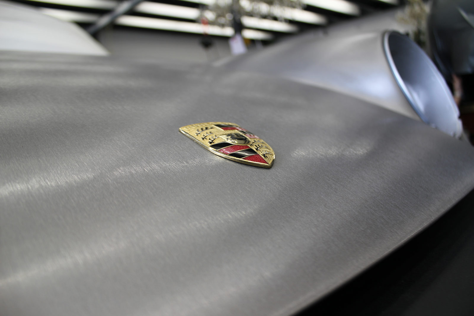 PORSCHE_911_FOLIERUNG_BRUSHED_STEEL_02