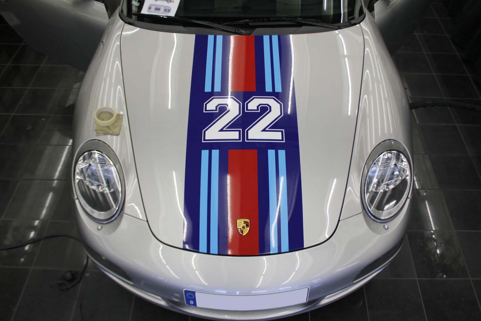 Porsche_911_Rallyestreifen_Teilfolierung_Martini_Design_05