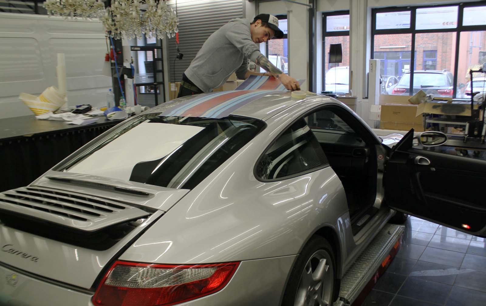 Porsche_911_Rallyestreifen_Teilfolierung_Martini_Design_06