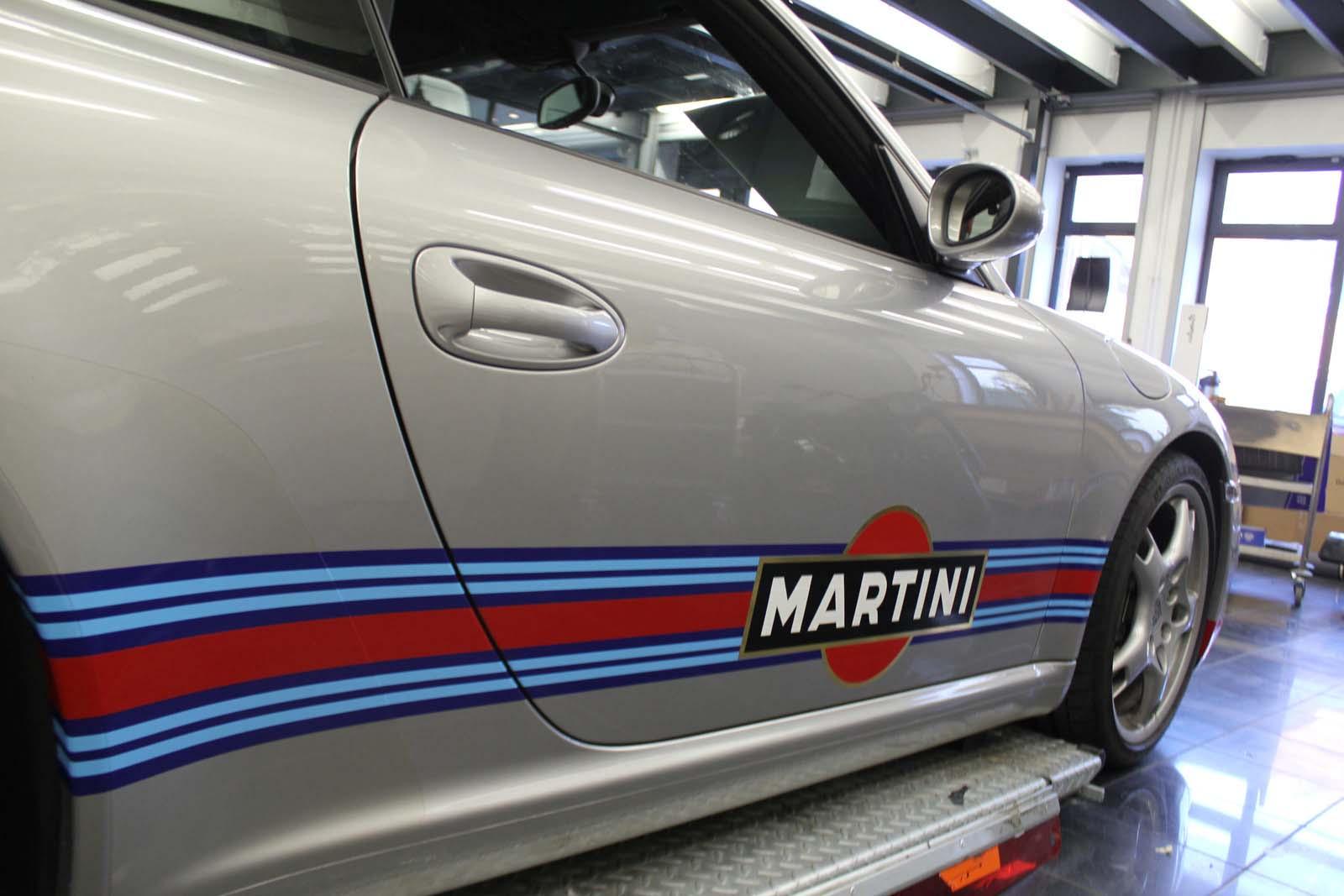 Porsche_911_Rallyestreifen_Teilfolierung_Martini_Design_15