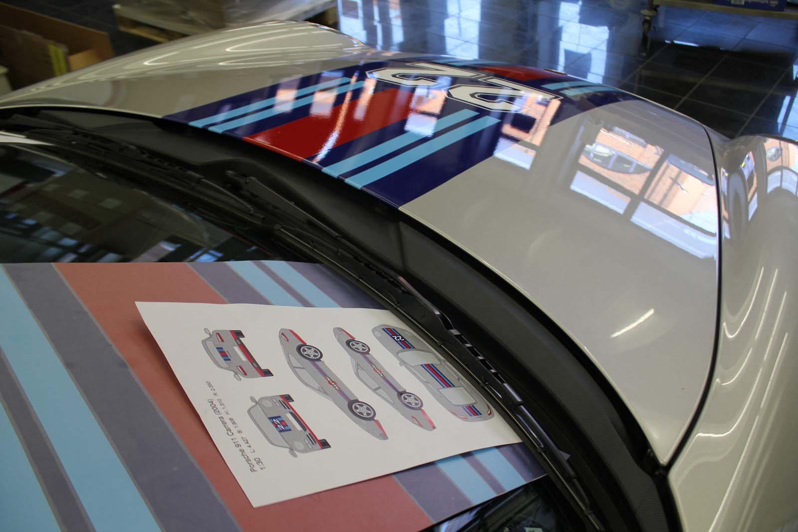 Porsche_911_Rallyestreifen_Teilfolierung_Martini_Design_16