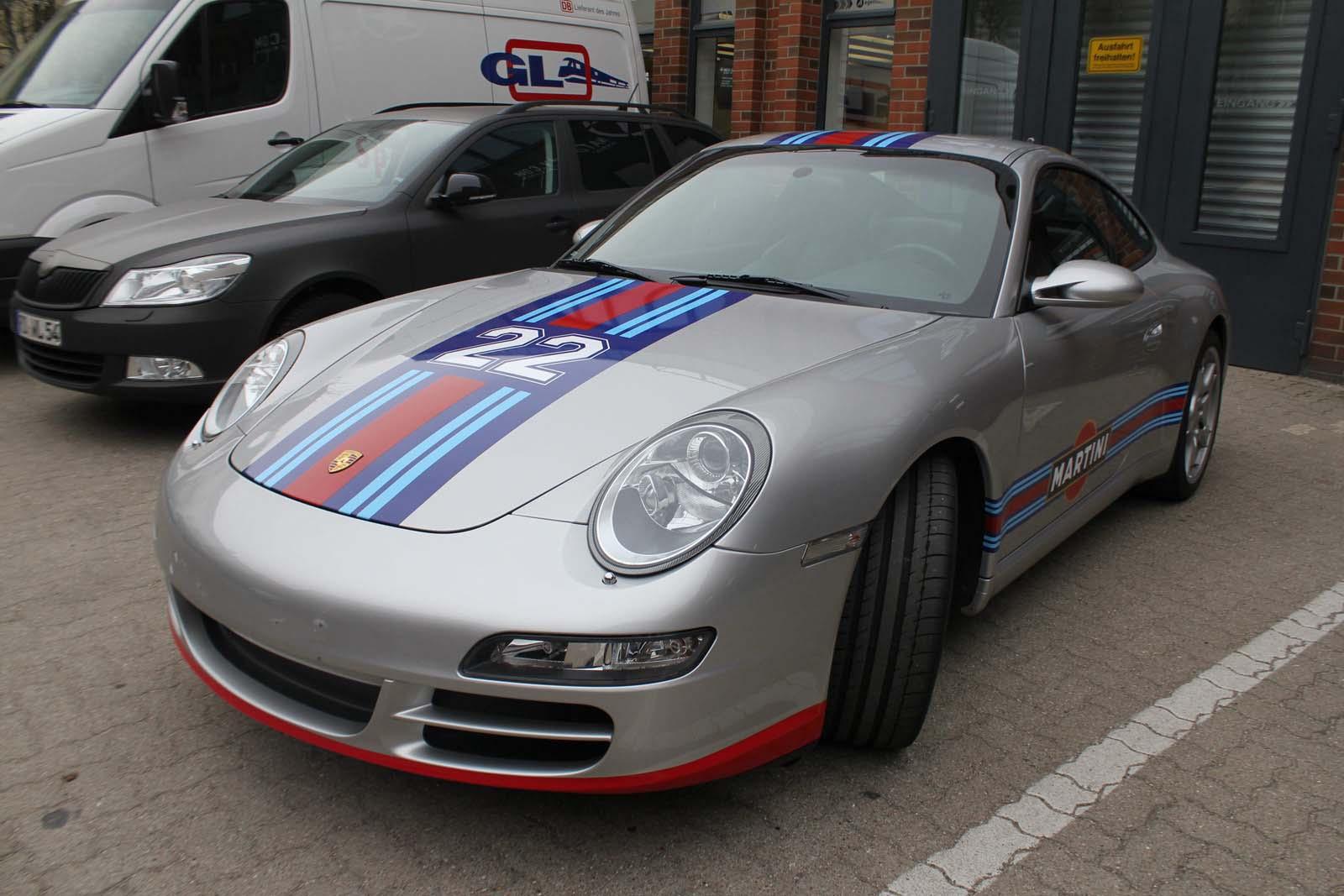 Porsche_911_Rallyestreifen_Teilfolierung_Martini_Design_17