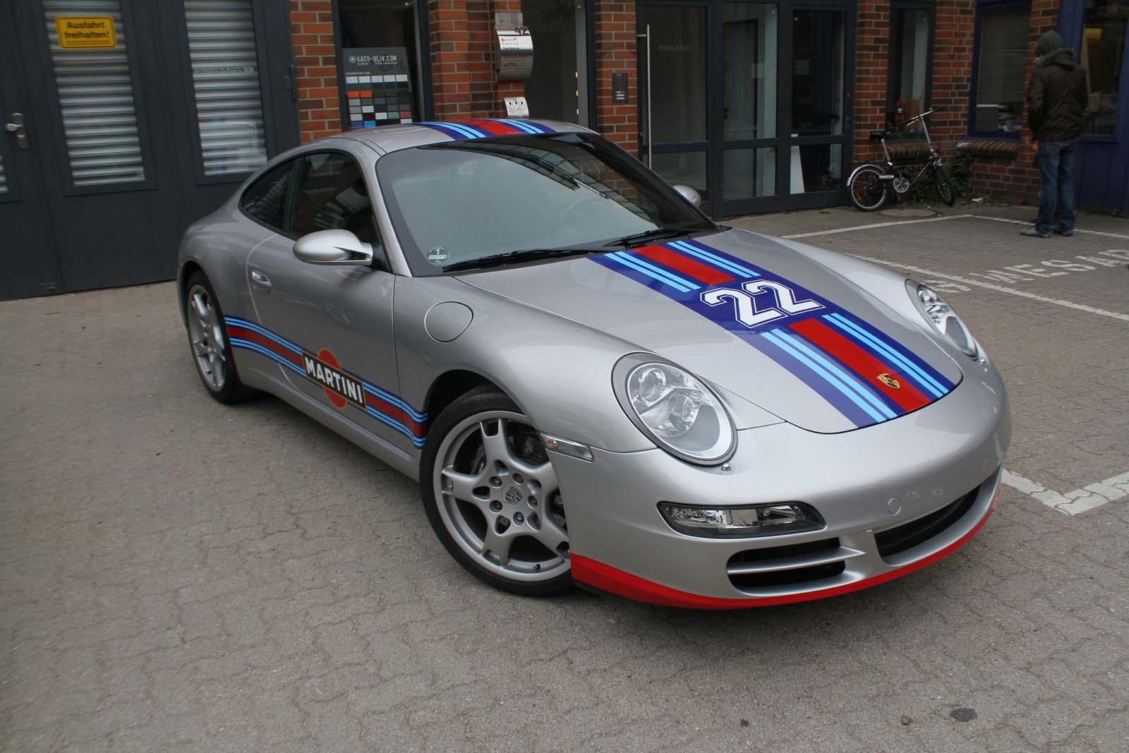 Porsche_911_Rallyestreifen_Teilfolierung_Martini_Design_21