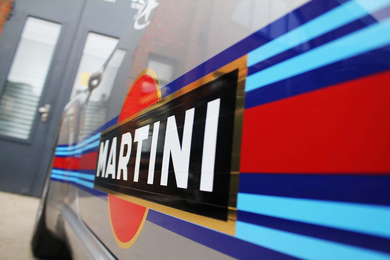 Porsche_911_Rallyestreifen_Teilfolierung_Martini_Design_26