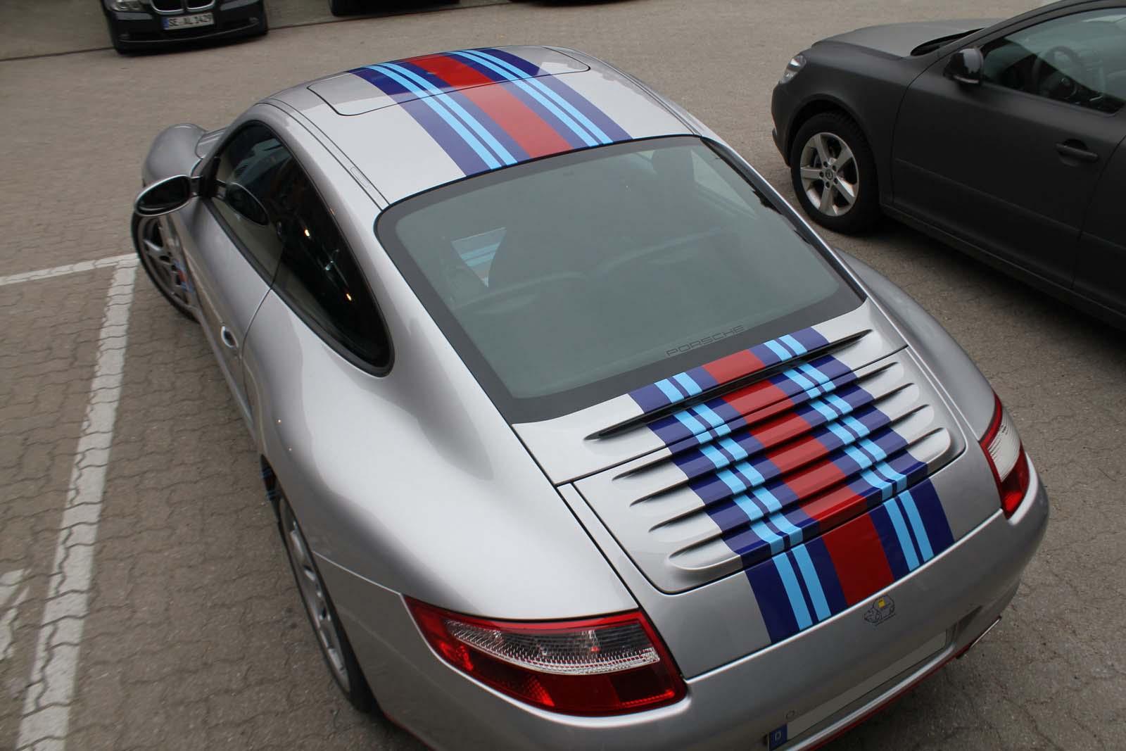 Porsche_911_Rallyestreifen_Teilfolierung_Martini_Design_28