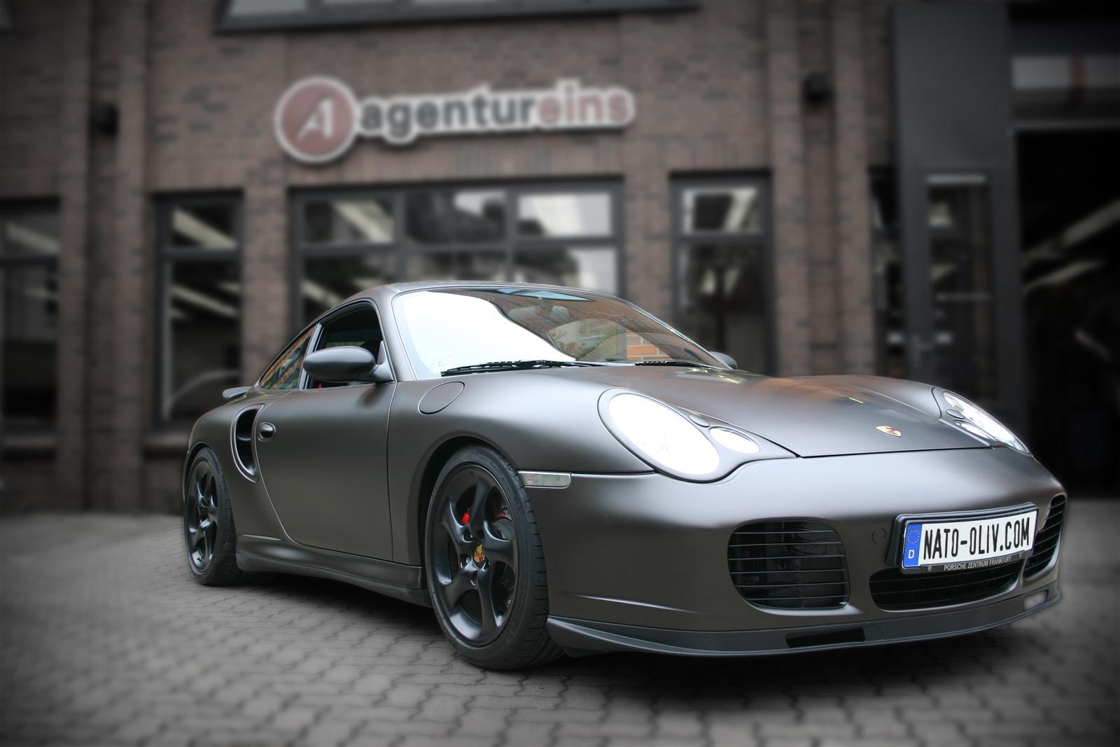 Porsche_Turbo_braun_matt_Titelbild_02
