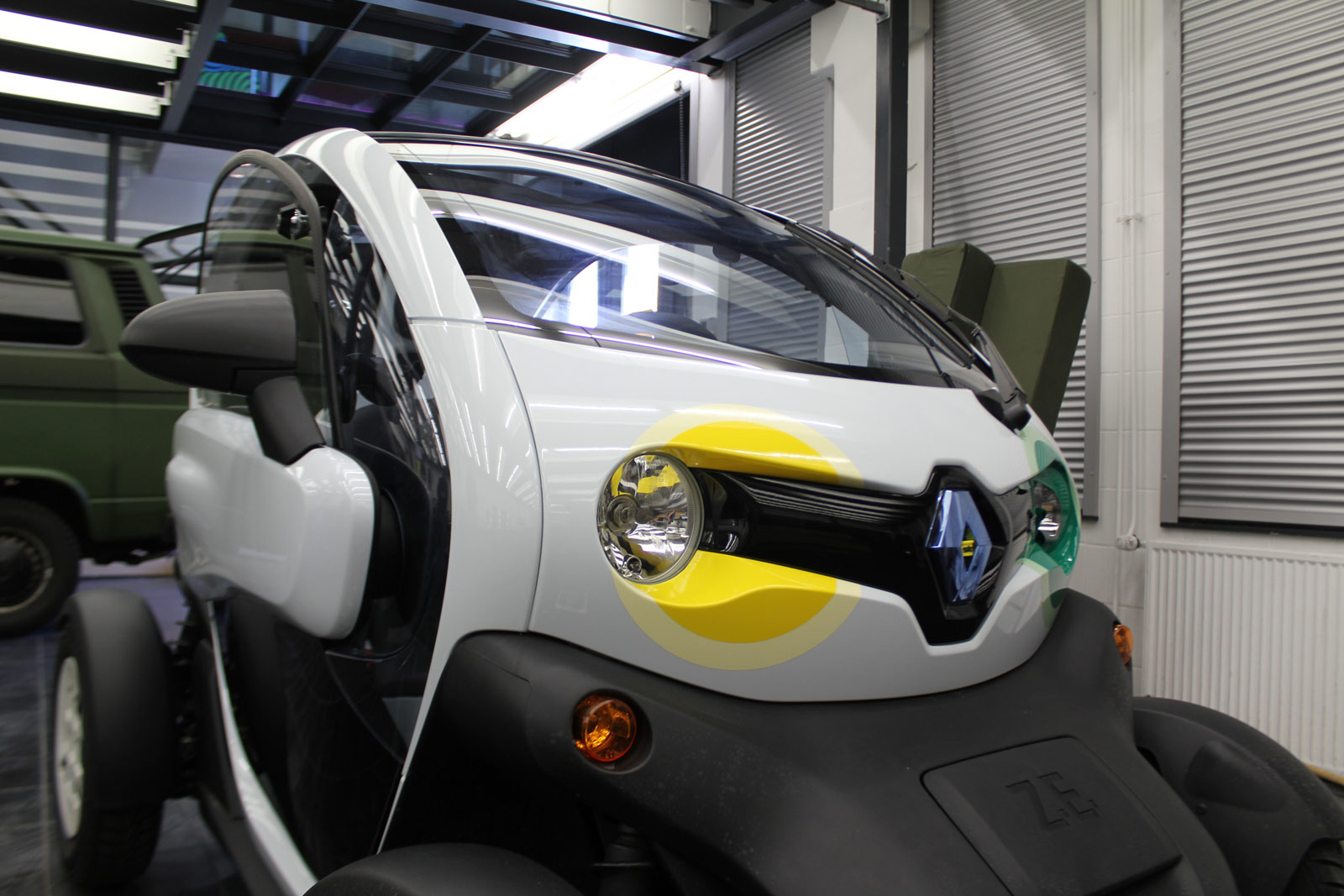 RENAULT_TWIZY_BESCHRIFTUNG_STO_01