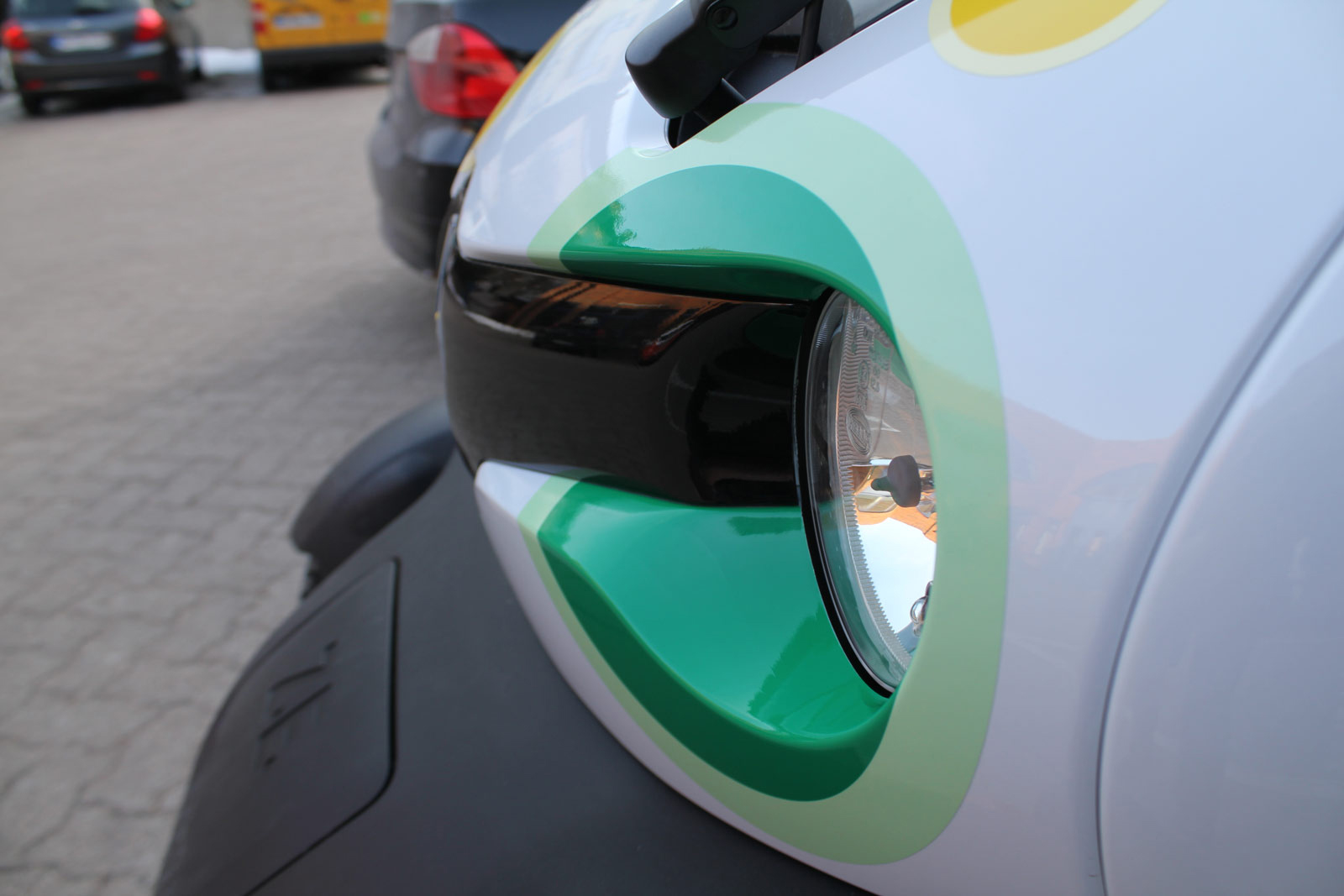 RENAULT_TWIZY_BESCHRIFTUNG_STO_14
