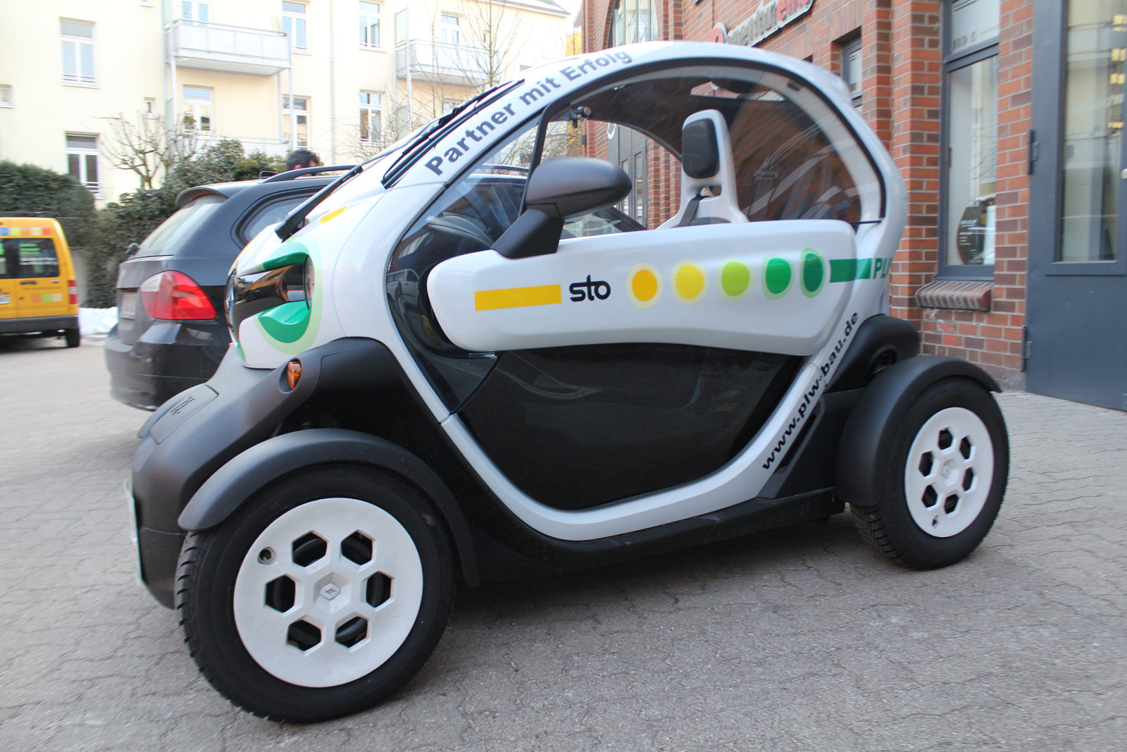 RENAULT_TWIZY_BESCHRIFTUNG_STO_15