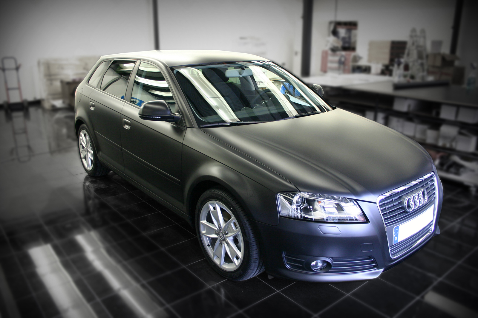 Audi A3 Sportsback in schwarz seidenmatt mit Folie beklebt