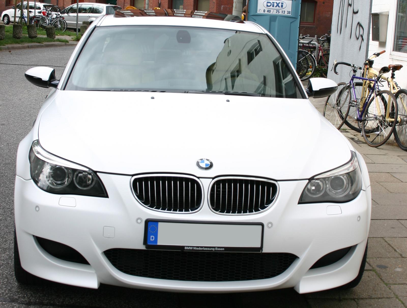 BMW_M5_FOLIERUNG_WEISS_MATT_01