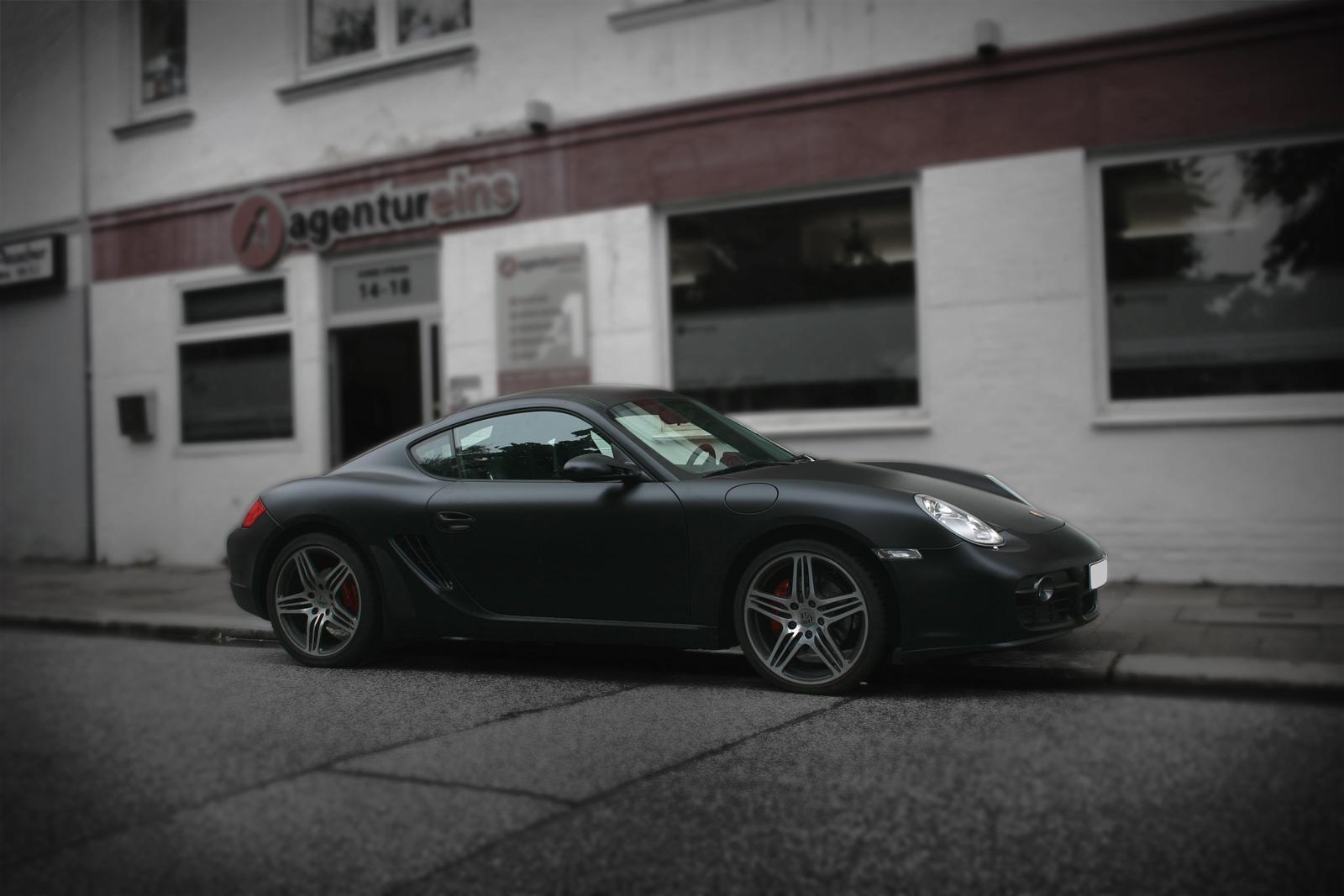 Porsche_Cayman_Folierung_schwarz_matt_Titelbild_02