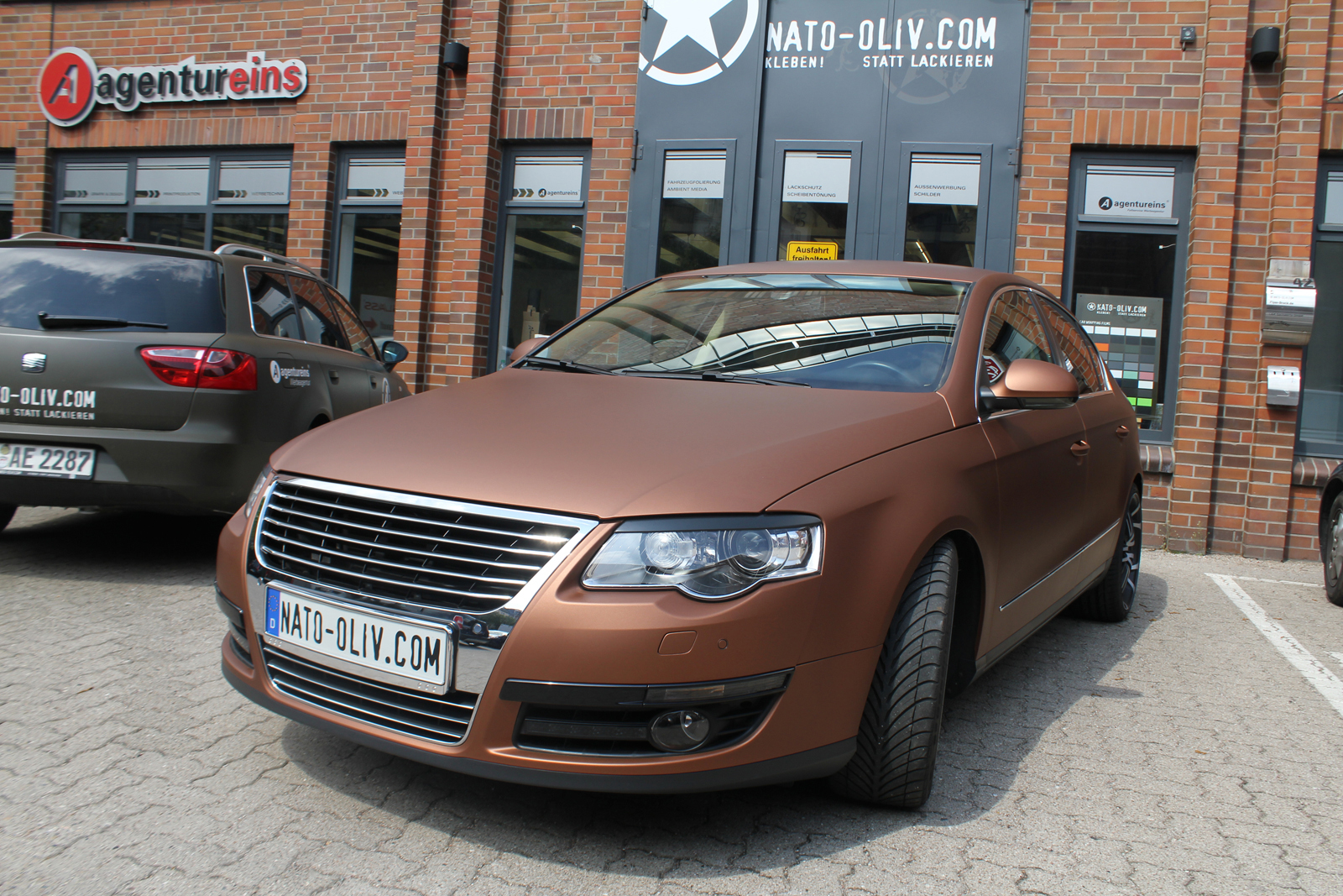 VW_Passat_Folierung_Bronze_matt_metallic_15