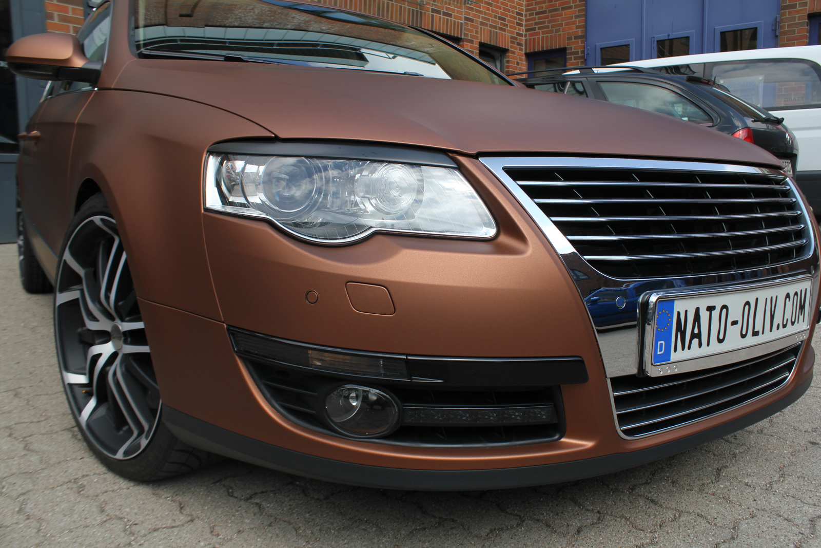 VW_Passat_Folierung_Bronze_matt_metallic_16