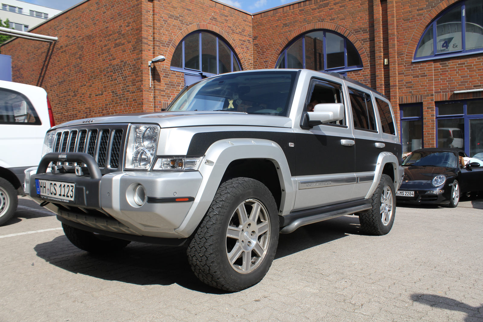 JEEP_COMMANDER_TEILFOLIERUNG_MIDNIGHT_BLACK_METALLIC_MATT_07