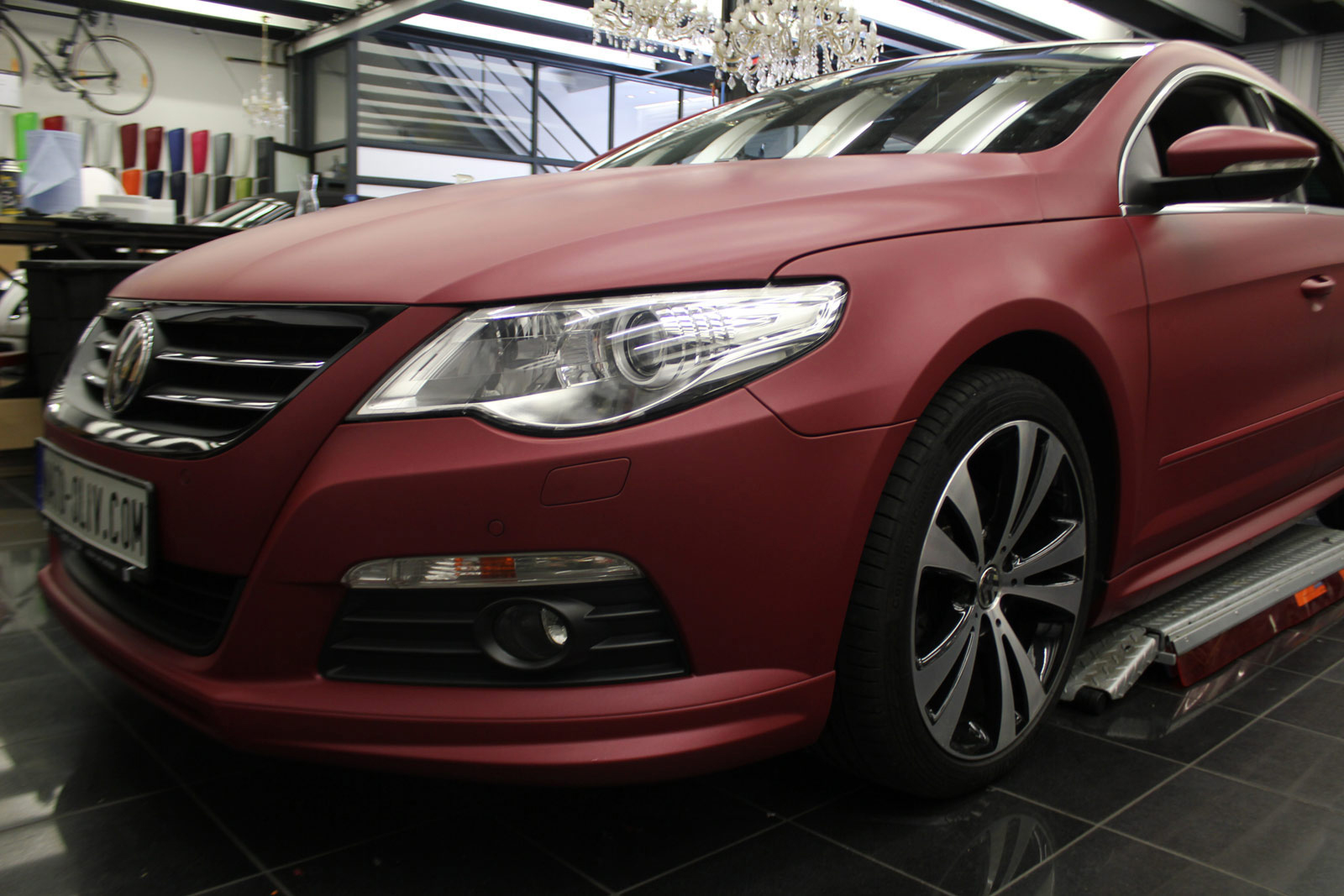 VW_PASSAT_CC_FOLIERUNG_CHERRY_RED_METALLIC_MATT_12
