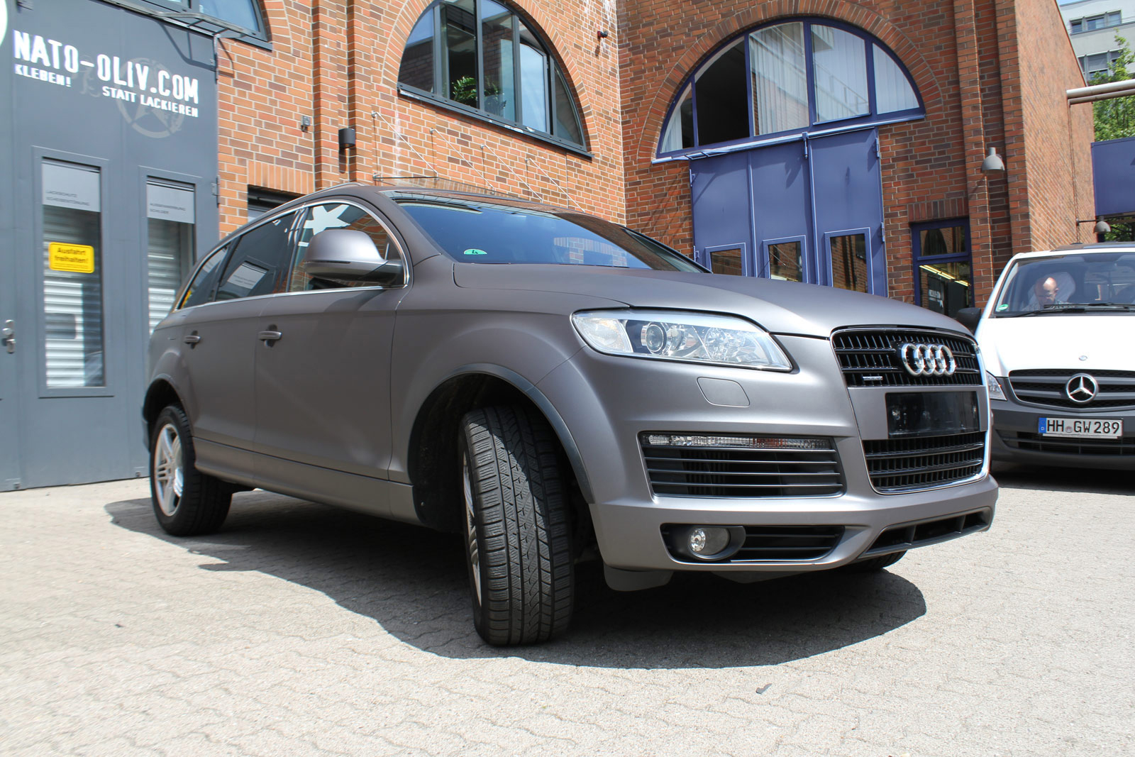 AUDI_Q7_ANTHRAZIT_MATT_METALLIC_05