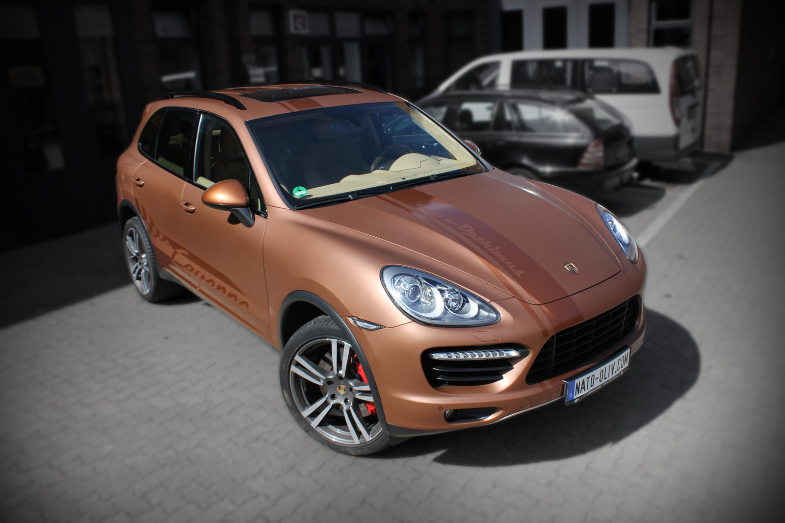 Porsche Cayenne Folierung in bronze matt metallic.