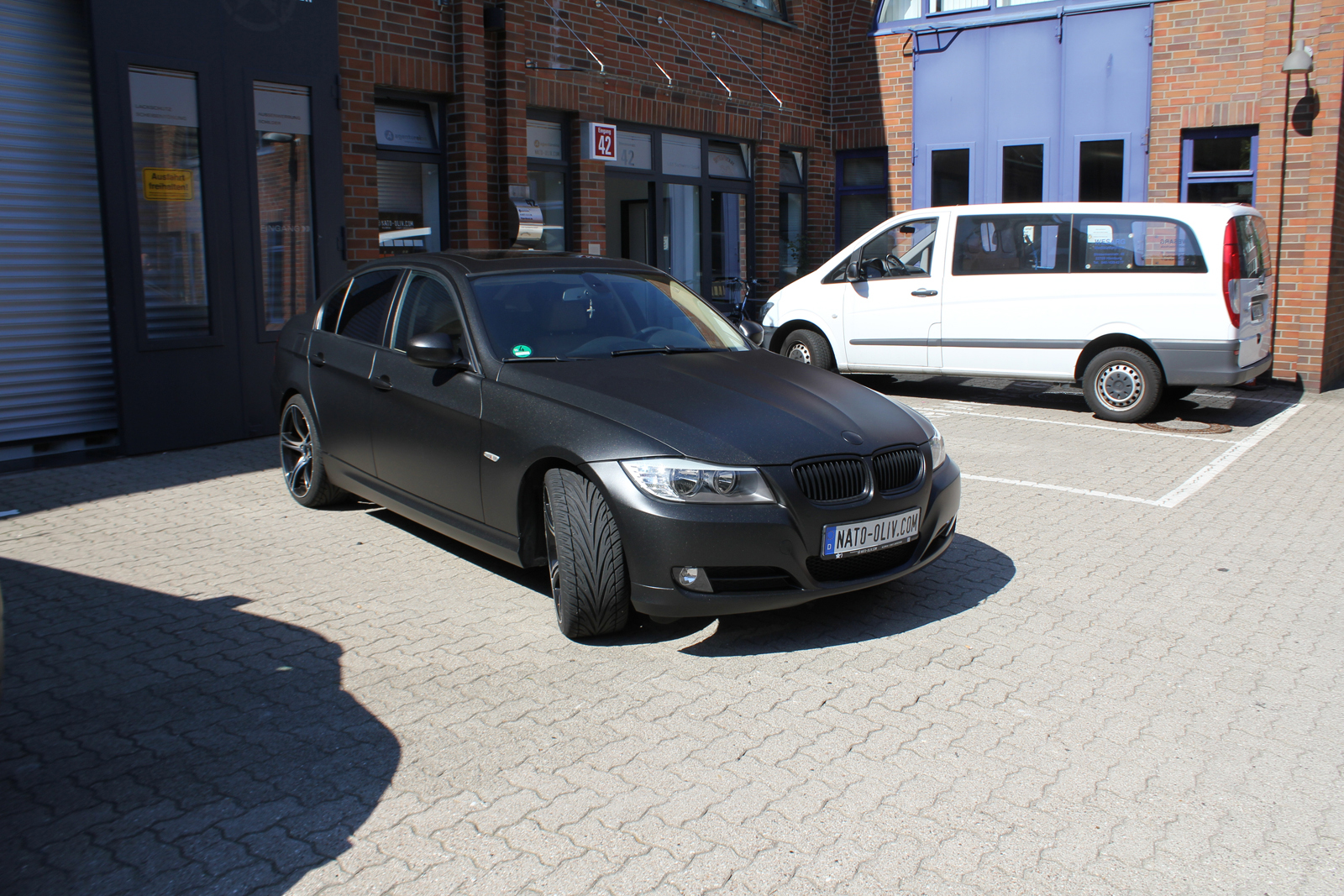 BMW_3ER_FOLIERUNG_MIDNIGHTBLACK_METALLIC_MATT_08