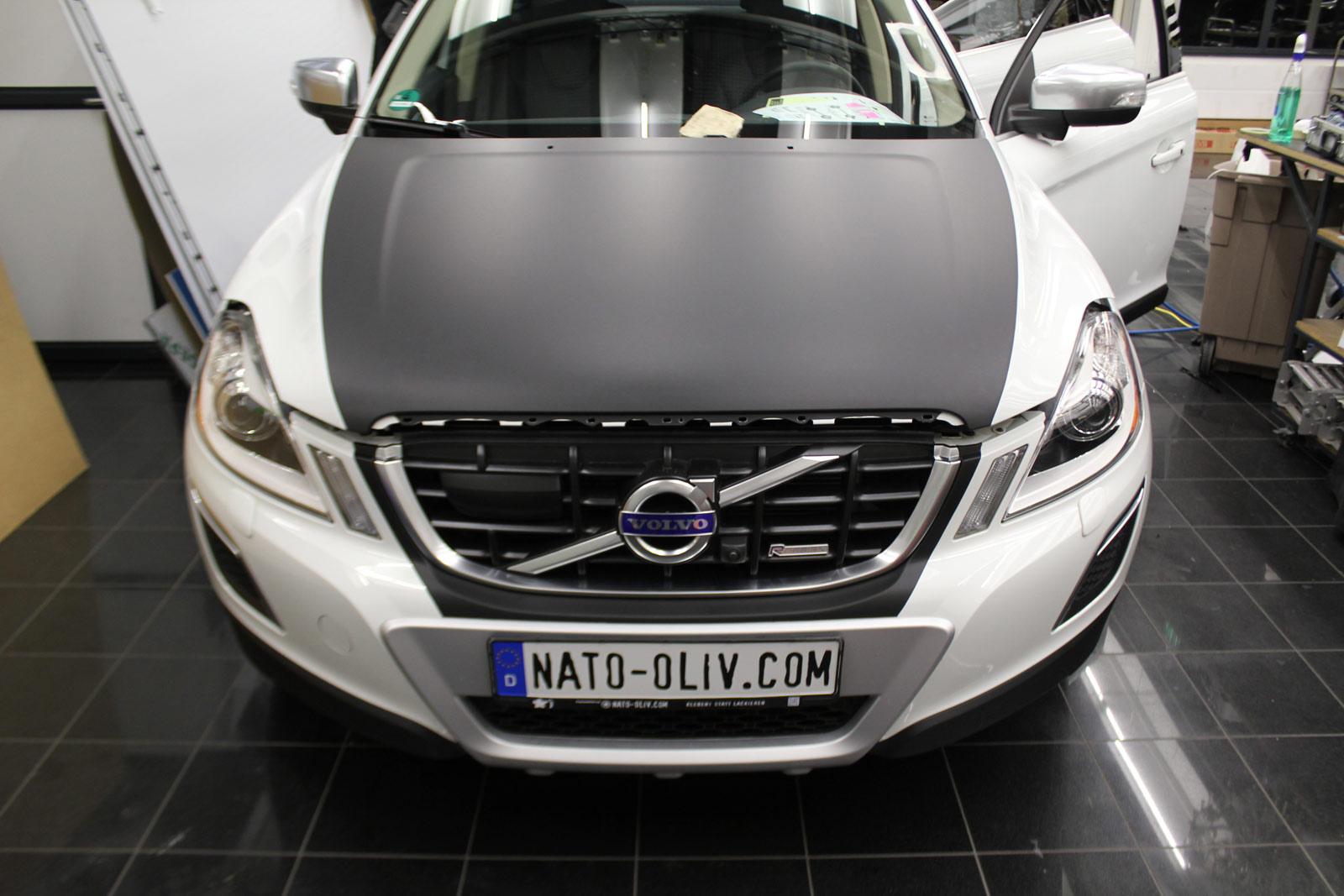 Volvo_XC60_Teilfolierung_schwarz_matt_haube_dach_01