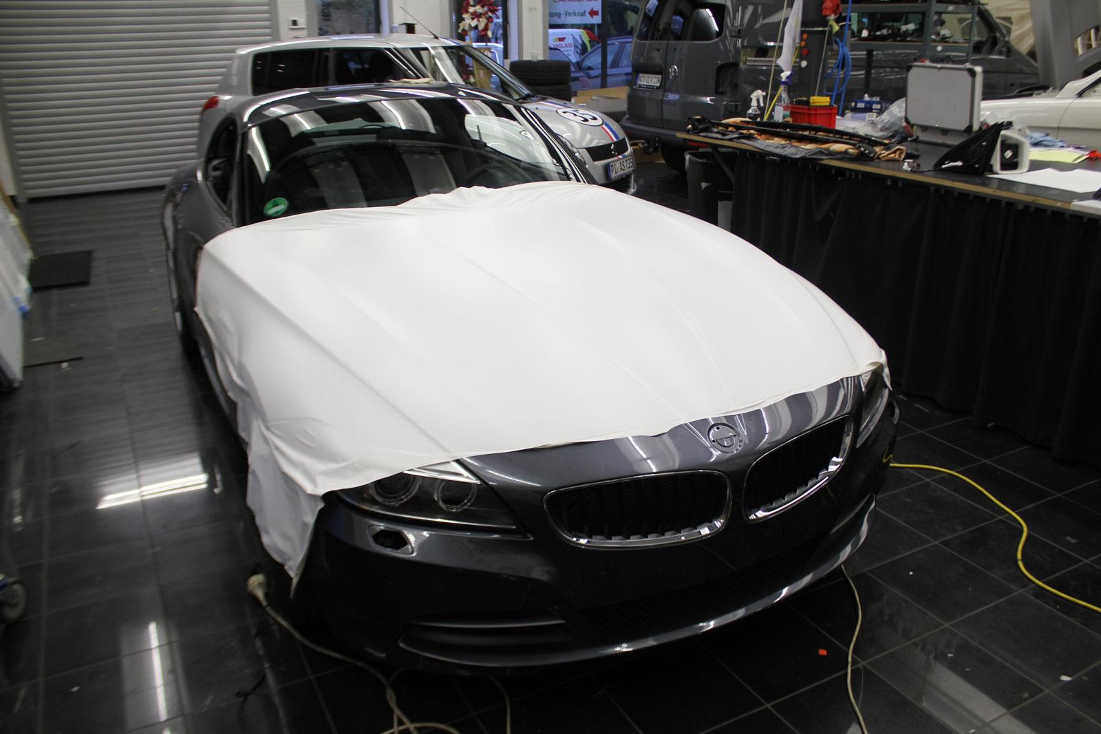 BMW_Z4_WEISS_MATT_FOLIERT_01