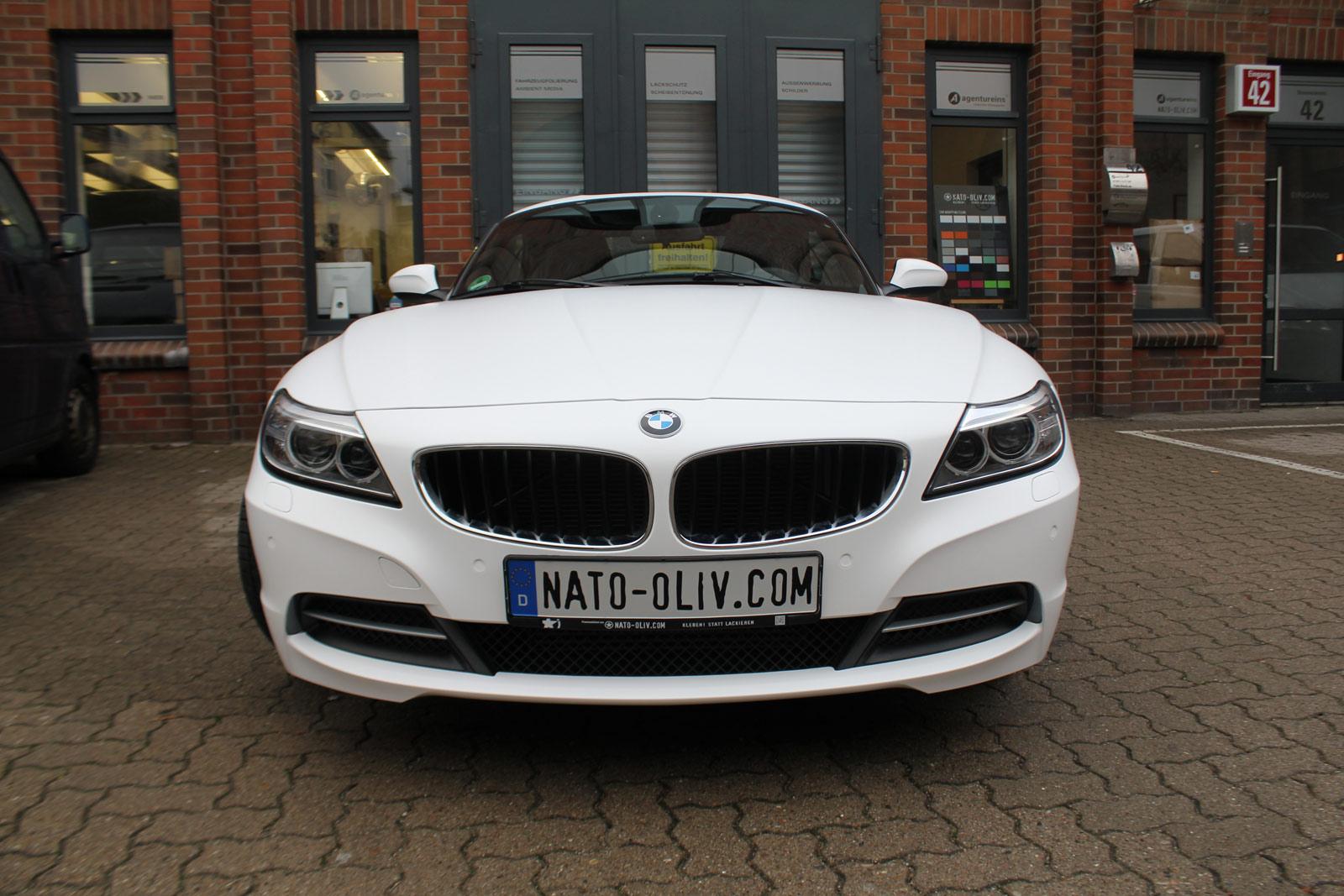 BMW Z4 Folierung mit weiss matter Folie.