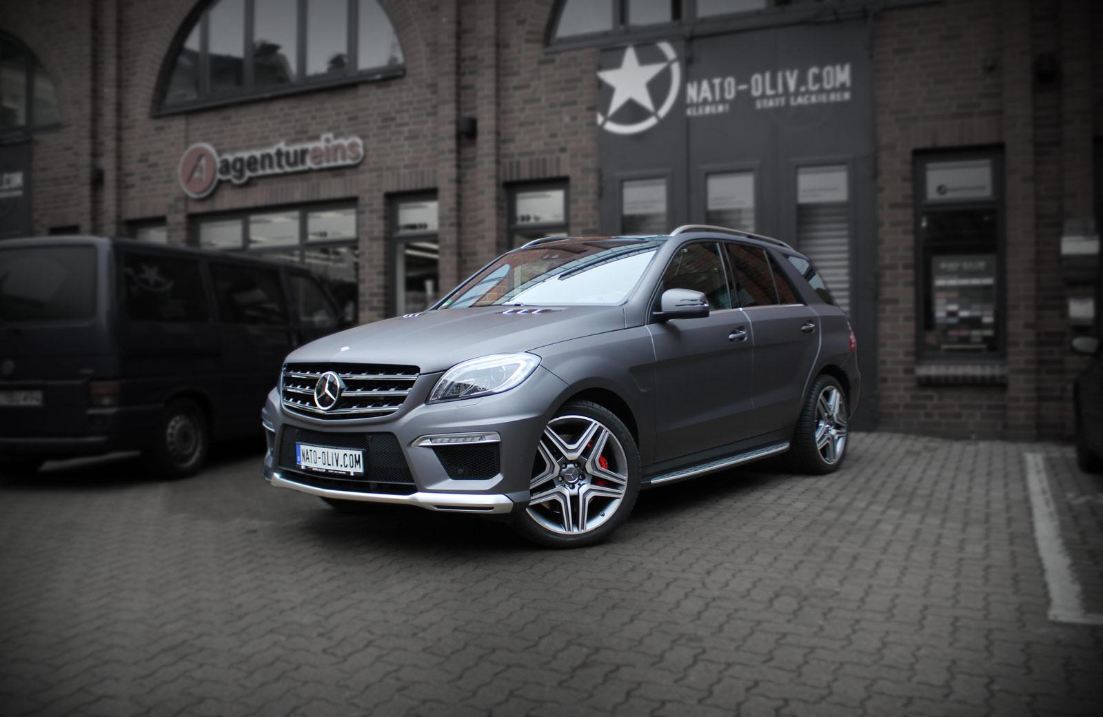 Mercedes ML 63 AMG foliert in Anthrazit matt metallic.