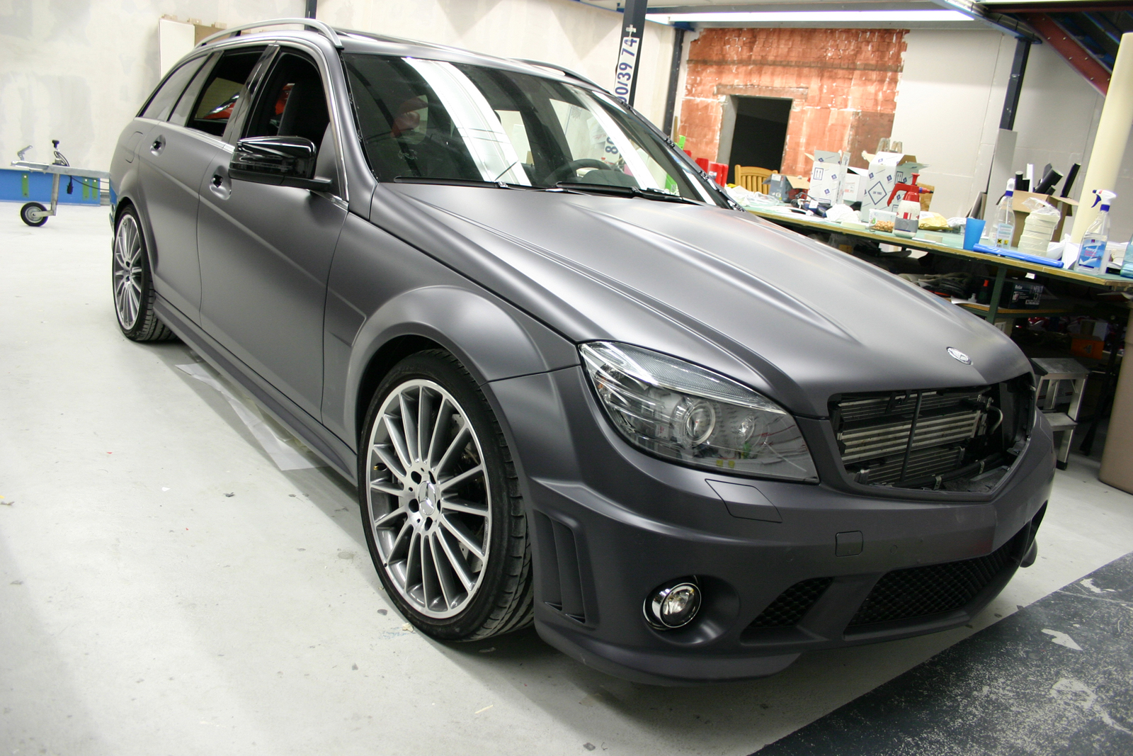 MERCEDES_C63_FOLIERUNG_ANTHRAZIT_MATT_01