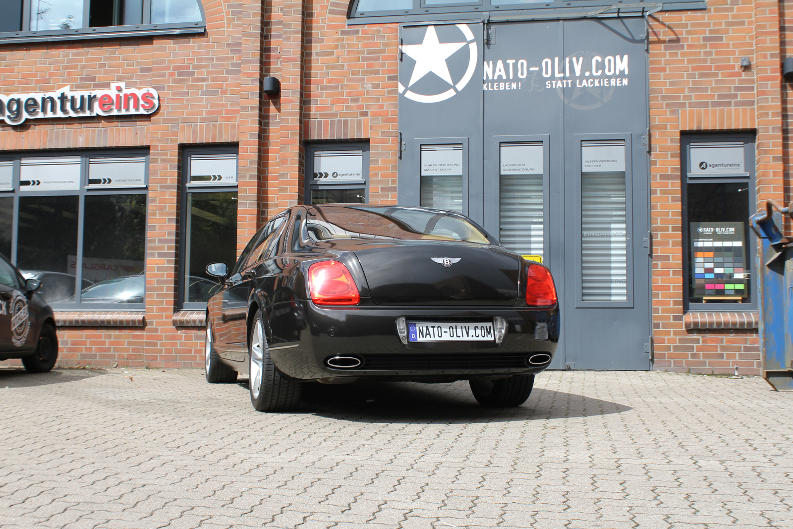 Car Wrapping Auto Folierung Bentley Continental New Flying Spur W12