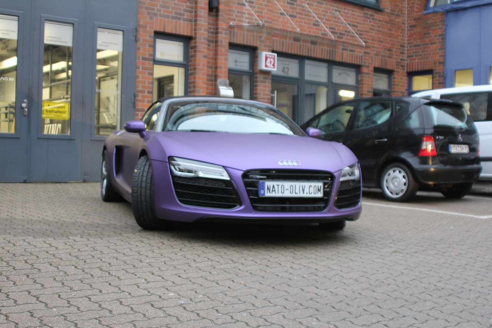 AUDI_R8_PURPLE_MATT_METALLIC_CAR-WRAPPING_04