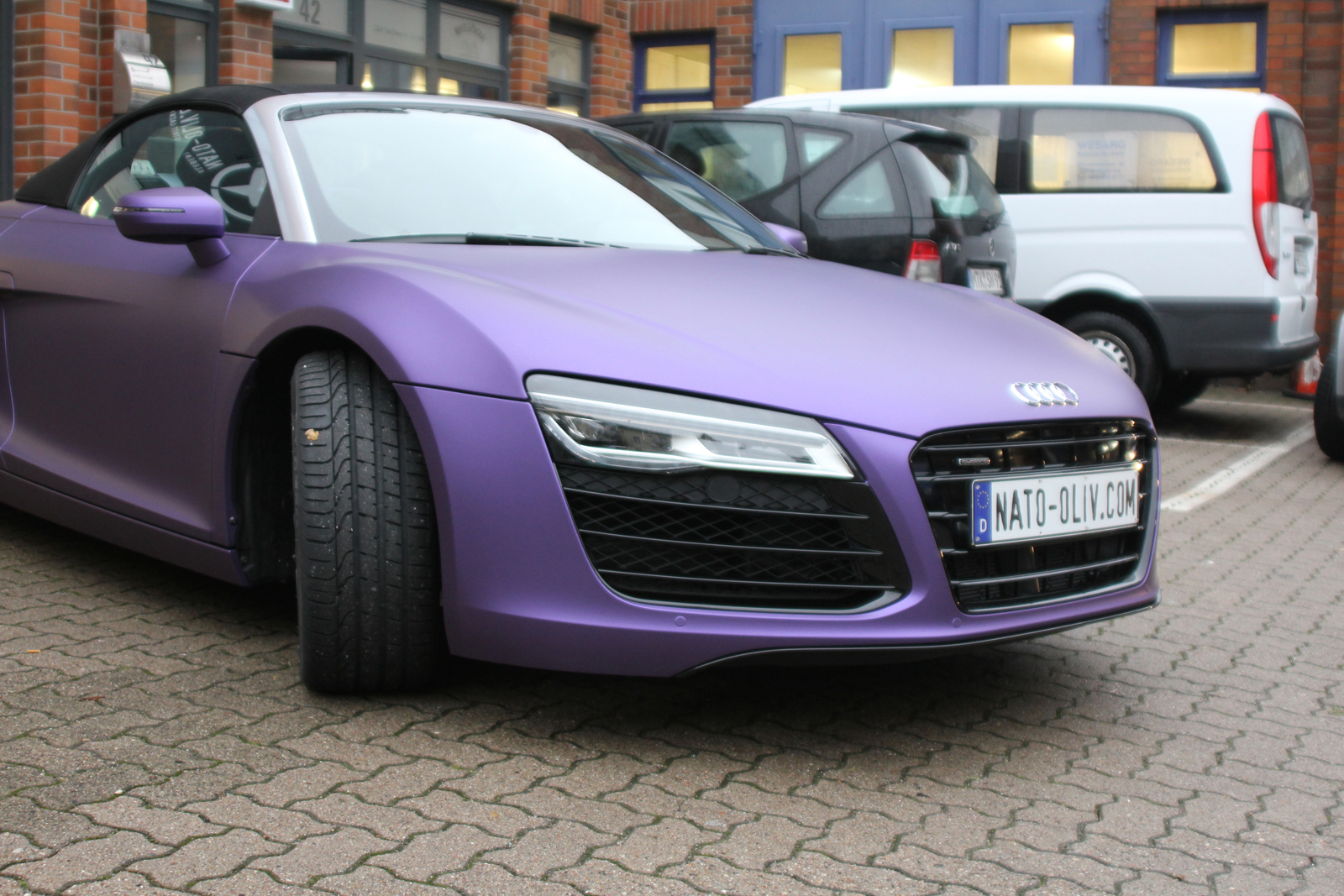 AUDI_R8_PURPLE_MATT_METALLIC_CAR-WRAPPING_05