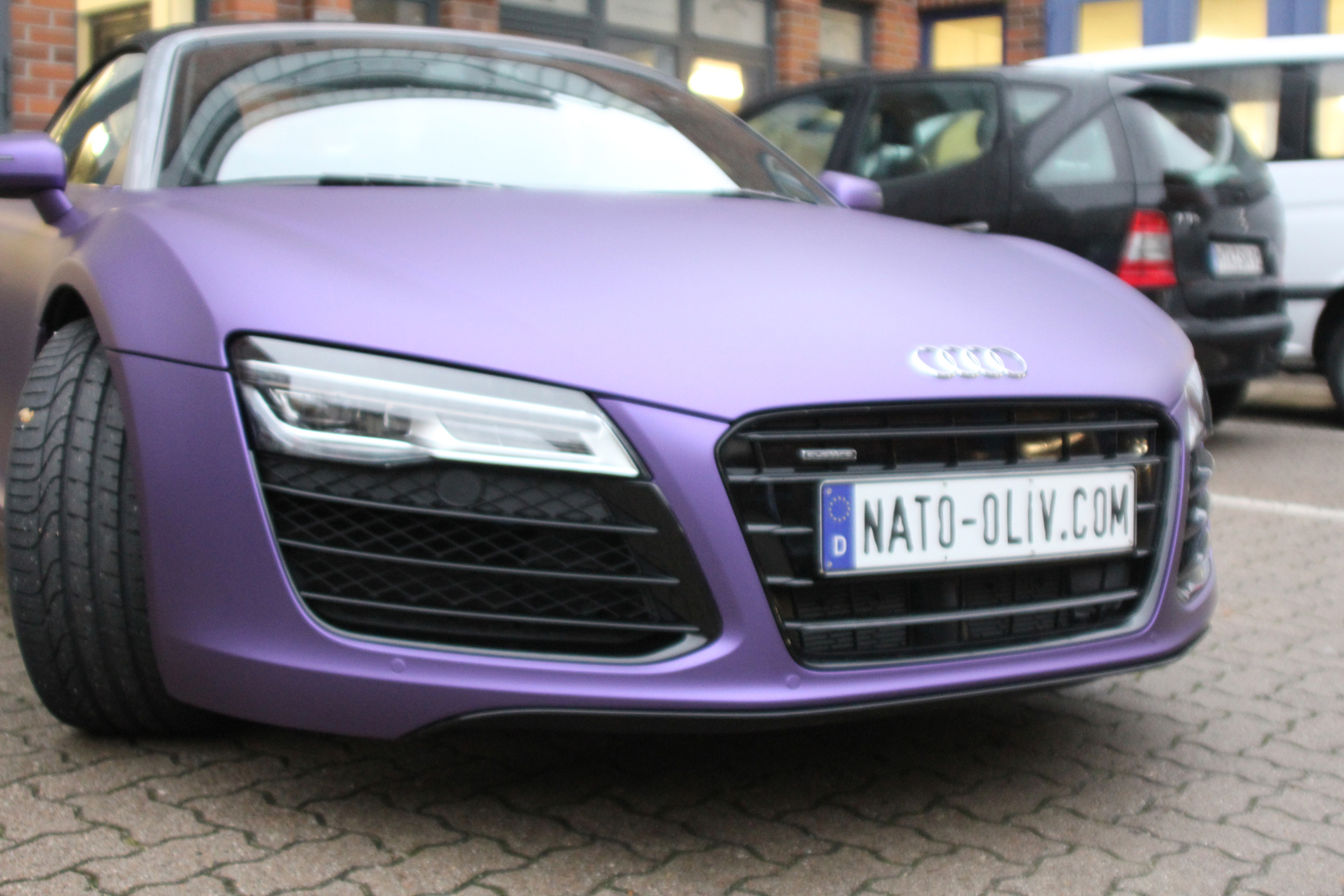 AUDI_R8_PURPLE_MATT_METALLIC_CAR-WRAPPING_10