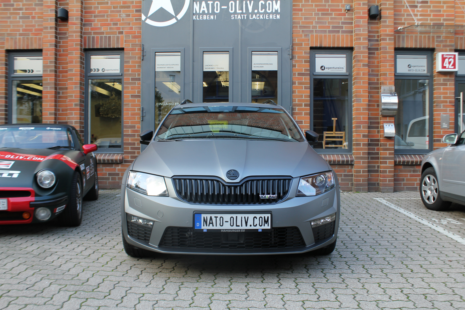 SKODA_COMBI_RS_FOLIERUNG_GUNMETAL_MATT_METALLIC_01
