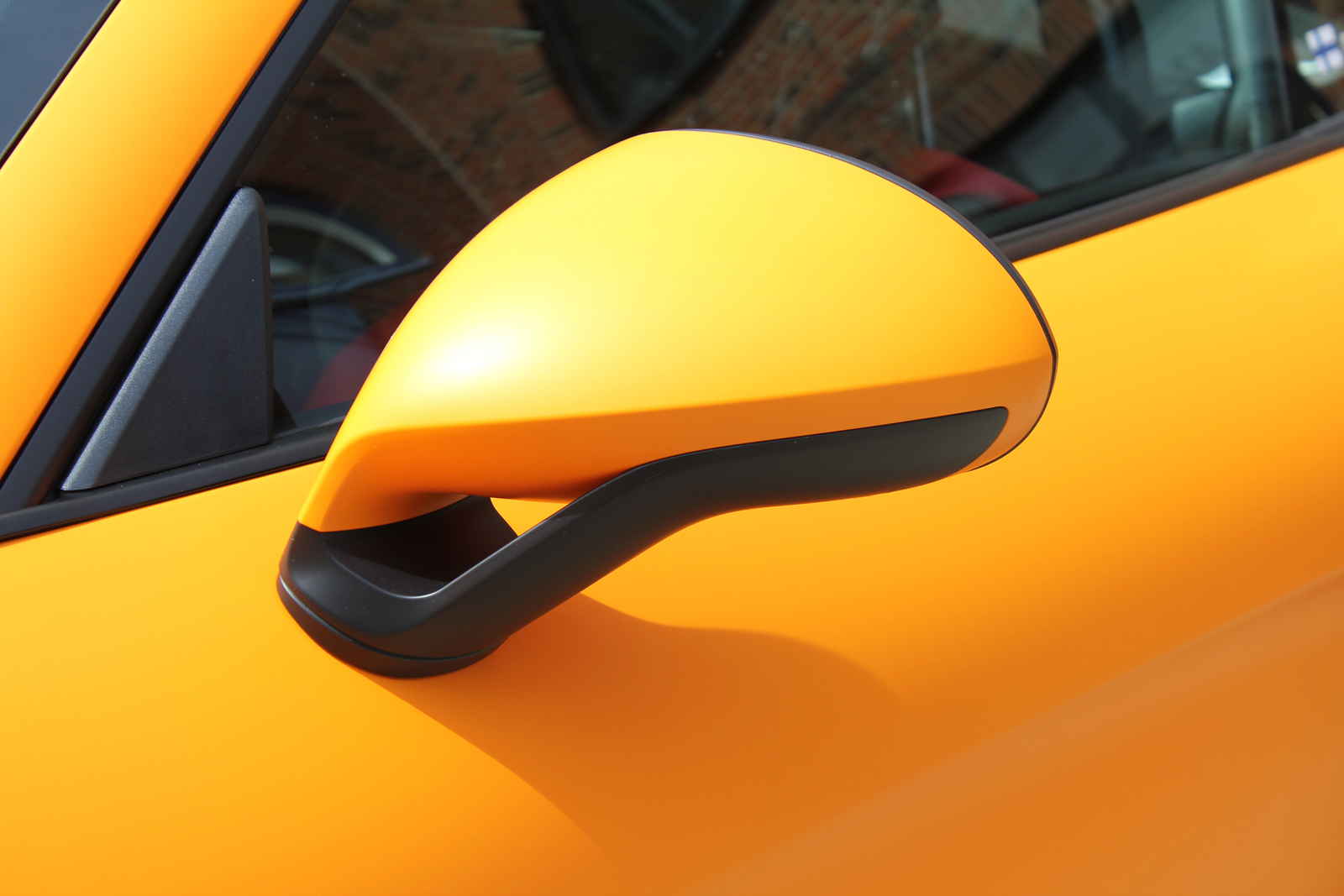 PORSCHE_CYAMAN_GT4_FOLIERUNG_ORANGE_MATT_07