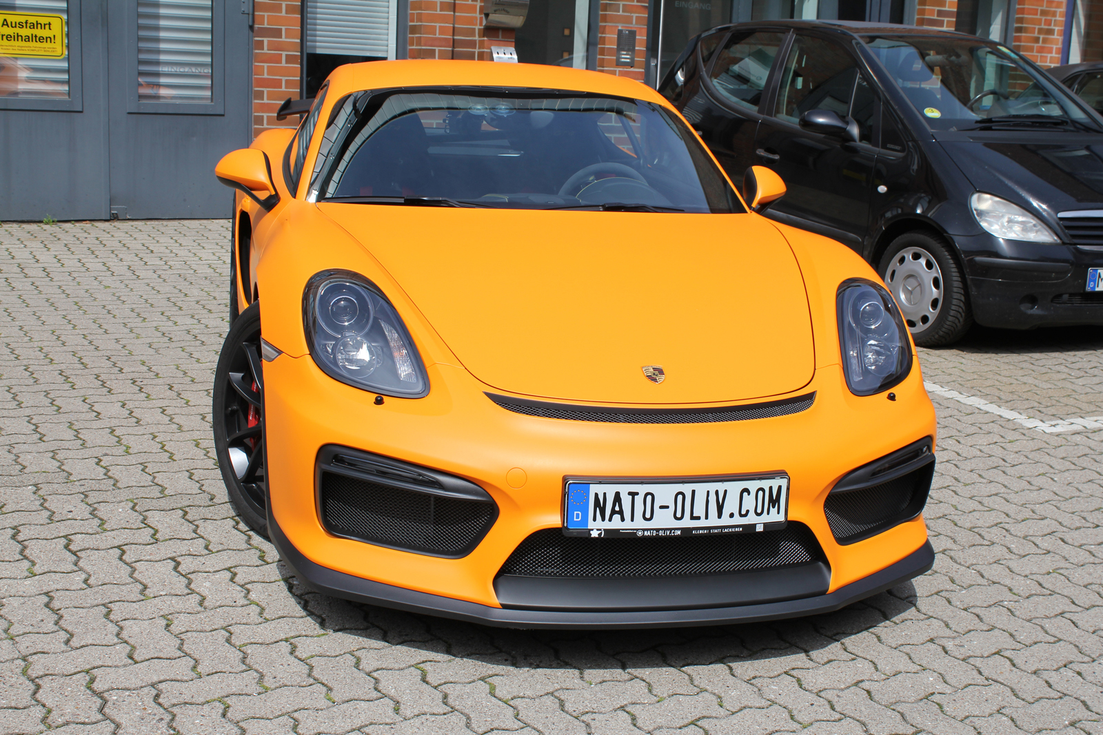 PORSCHE_CYAMAN_GT4_FOLIERUNG_ORANGE_MATT_09