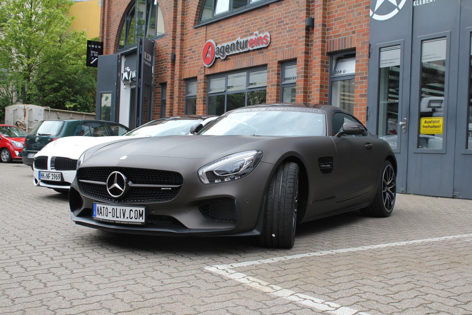 MERCEDES_AMG_GTS_FOLIERUNG_BROWN_MATT_METALLIC_02