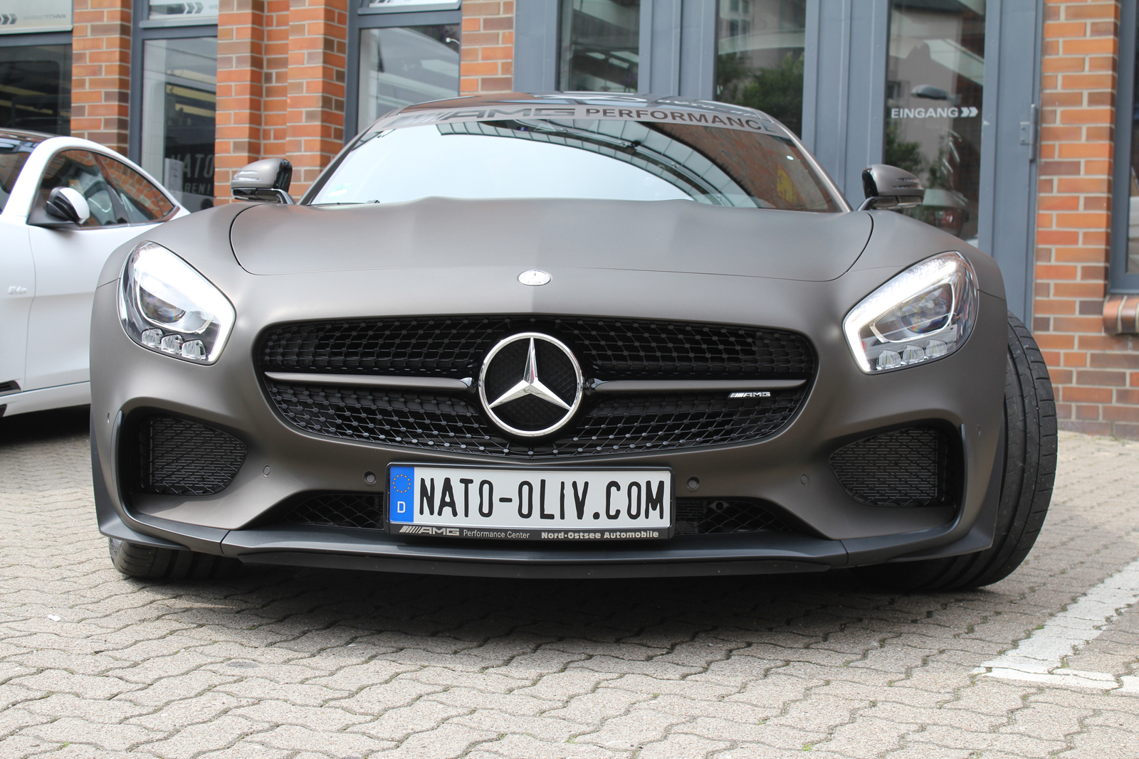 MERCEDES_AMG_GTS_FOLIERUNG_BROWN_MATT_METALLIC_05