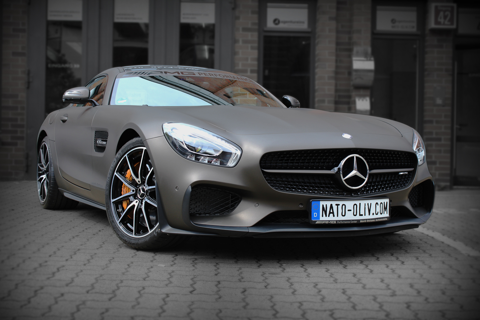 MERCEDES_AMG_GTS_FOLIERUNG_BROWN_MATT_METALLIC_TITELBILD