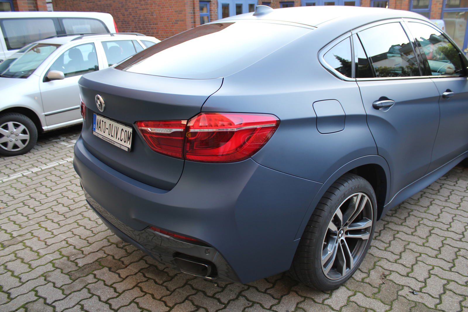 BMW_X6_CAR-WRAPPING_YACHTBLAU_MATT_04