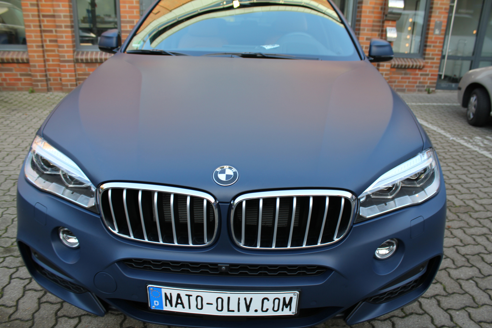 BMW_X6_CAR-WRAPPING_YACHTBLAU_MATT_08