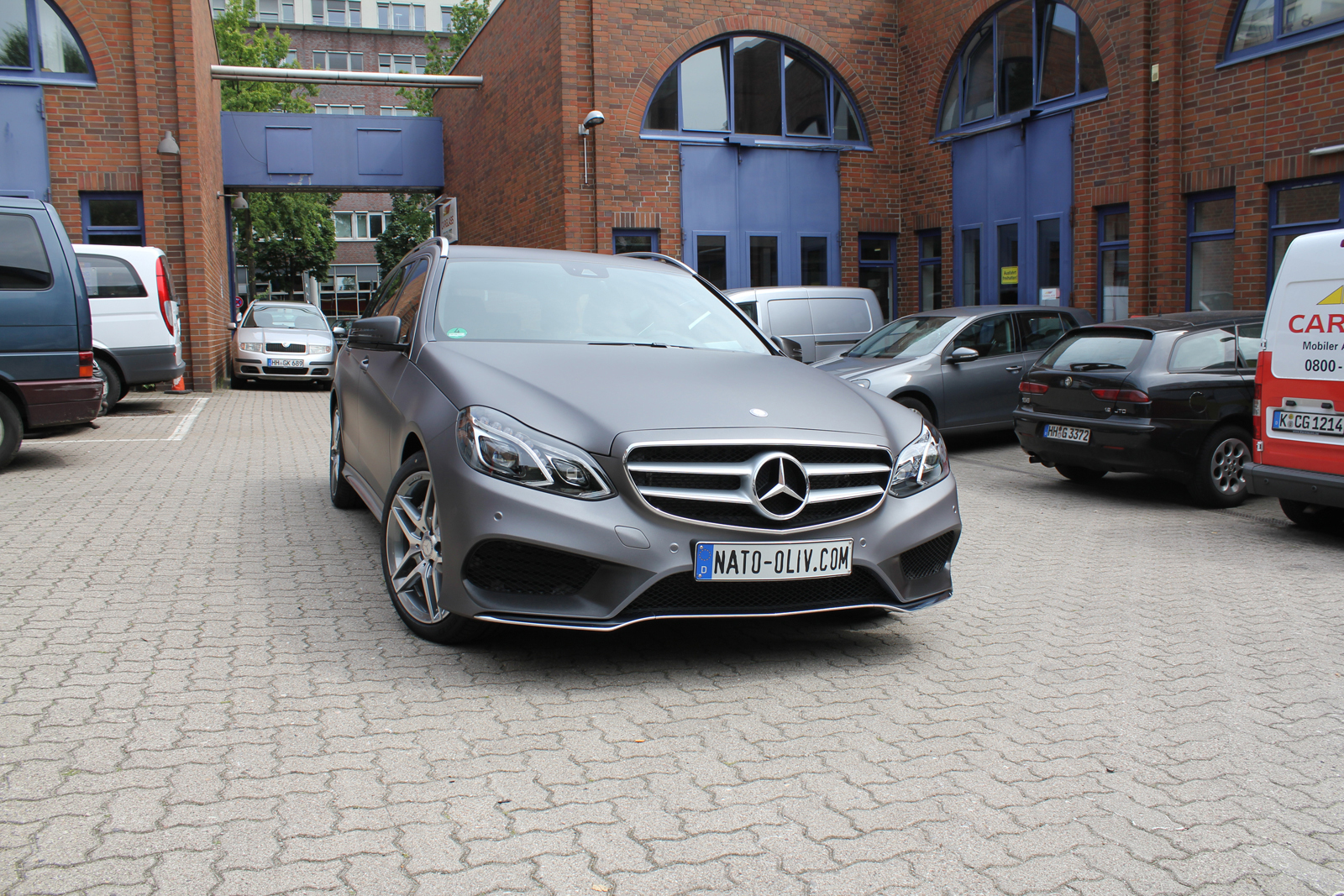 MERCEDES_E-KLASSE_FOLIERUNG_CHARCOAL_MATT_METALLIC_06