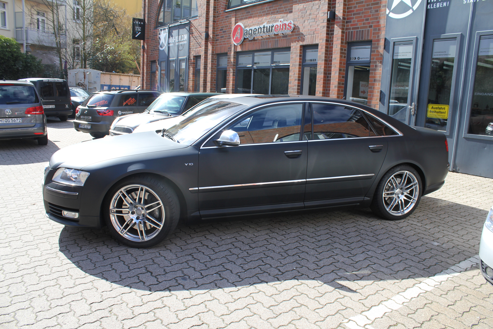 AUDI_S8_CAR-WRAPPING_SCHWARZ_MATT_02