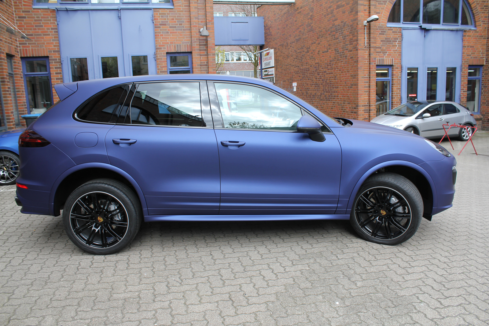 PORSCHE_CAYENNE_FOLIERUNG_MIDNIGHT_BLUE_MATT_METALLIC_02