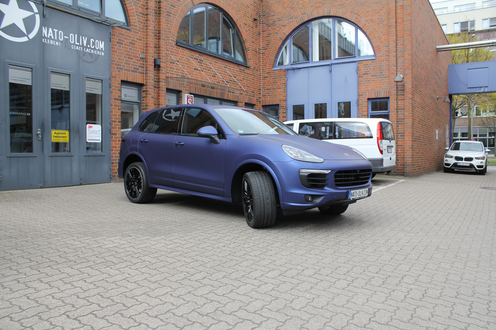 PORSCHE_CAYENNE_FOLIERUNG_MIDNIGHT_BLUE_MATT_METALLIC_03