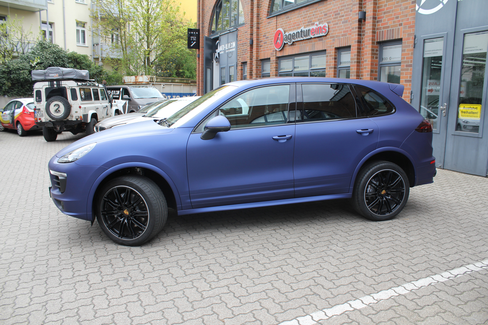 PORSCHE_CAYENNE_FOLIERUNG_MIDNIGHT_BLUE_MATT_METALLIC_06