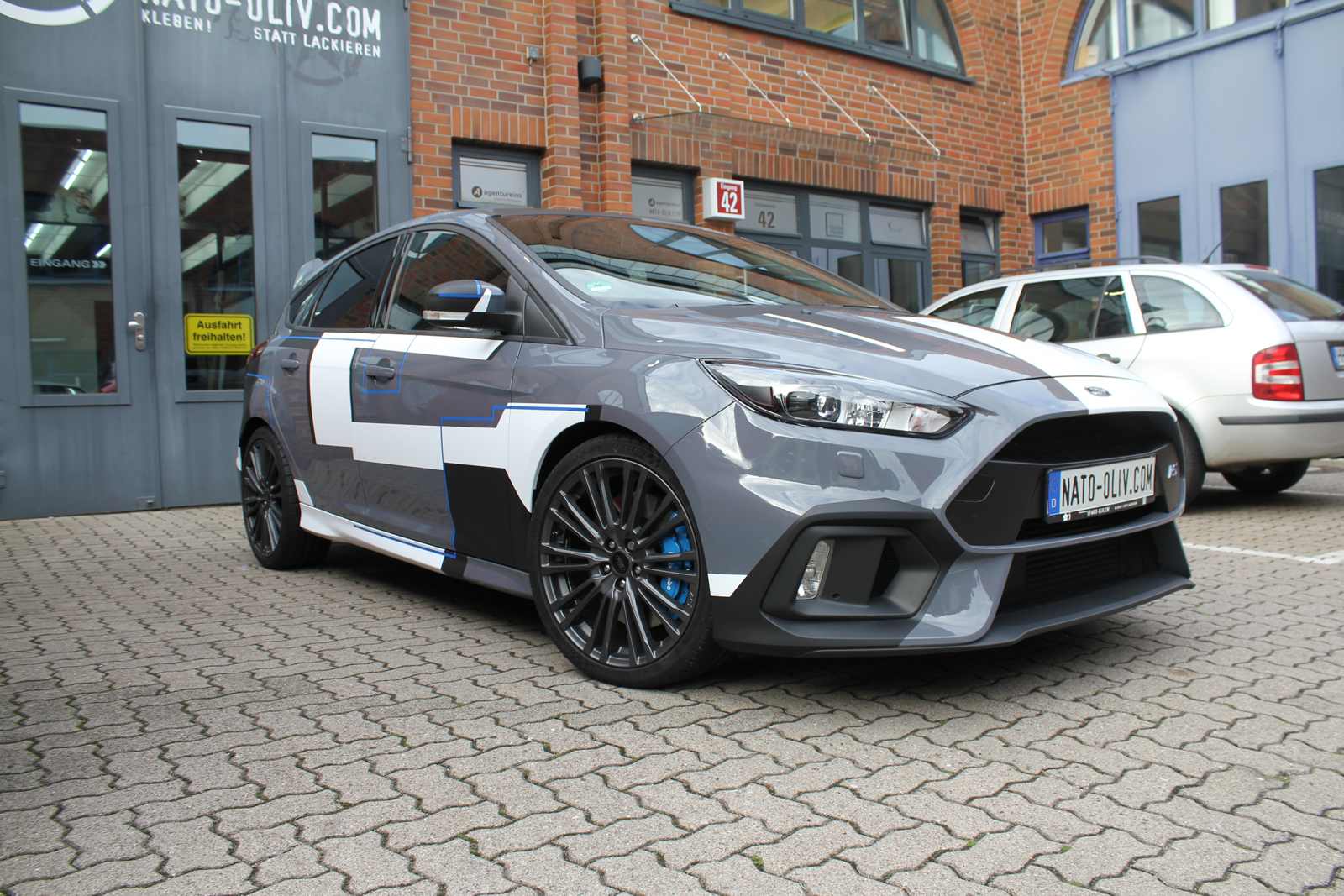 ford_focus_rs_folierung_design_01