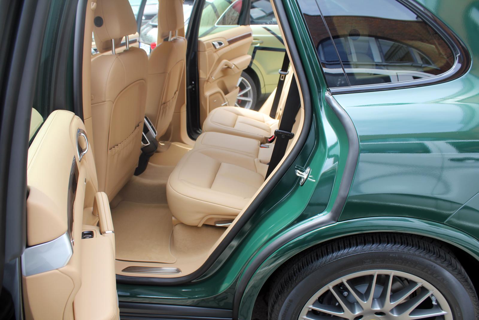 Porsche-Cayenne-BRG_08